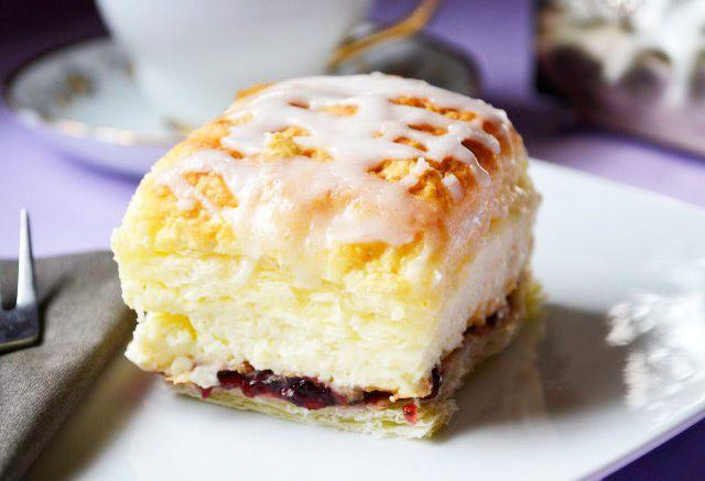Die köstlichen #Cremeschnitten nach Omas Rezept sind eine süße Verlockung für Jung und Alt.