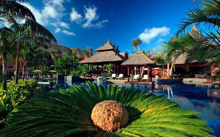Thaise sfeer in Asia Garden hotel, Alicante, Spanje