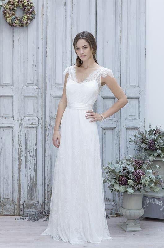 83 best Robe de mariee images on Pinterest | Wedding frocks, Bridal ...