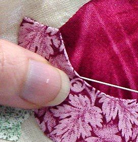 "Another ""how to applique"" tute--this one looks good and she has generously provided a pdf you can download."