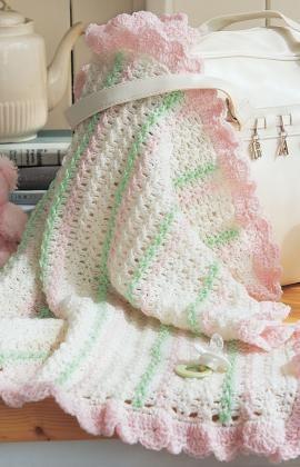 #redheartyarn Free Crochet Stroller Blanket Pattern.