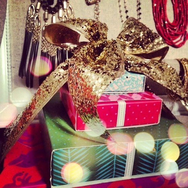 Holidays gifts Stella & Dot style trunk show! www.stelladot.com/angiehurlburt