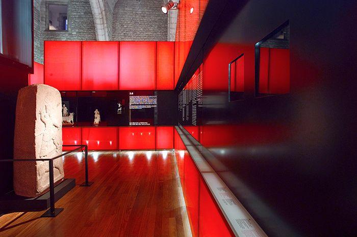 https://www.behance.net/gallery/26328993/Toros-Exhibition