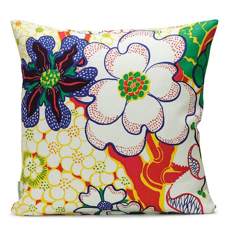 http://www.svenskttenn.se/sv-se/product/0128/textilier/kuddar/ta11837/kudde-nippon-lin.aspx