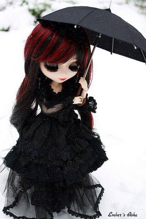 I love this Gothic doll