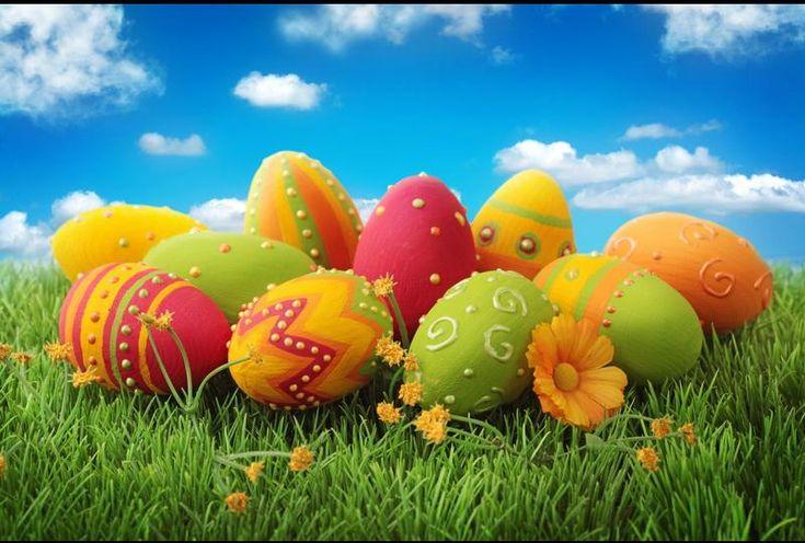 V České republice jsou Velikonoce nejvýznamnější křesťanský svátek, který je oslavou zmrtvýchvstání Ježíše Krista. K tomu podle křesťanské víry došlo třetího dne po jeho ukřižování. Kristovo ukřižování se událo kolem roku 30 či 33.