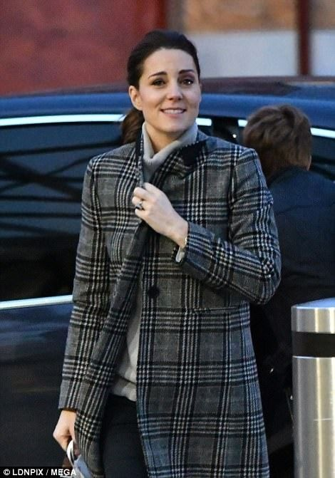 Dec 1, 2017, Duchess of Cambridge at Kings Cross train station