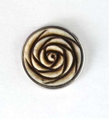 Noosa Amsterdam chunk PADMA. Deze chunk staat voor Padma: Tibetaans voor lotus. De lotus symboliseert zuiverheid van gevoel en gedachten - NummerZestien.eu