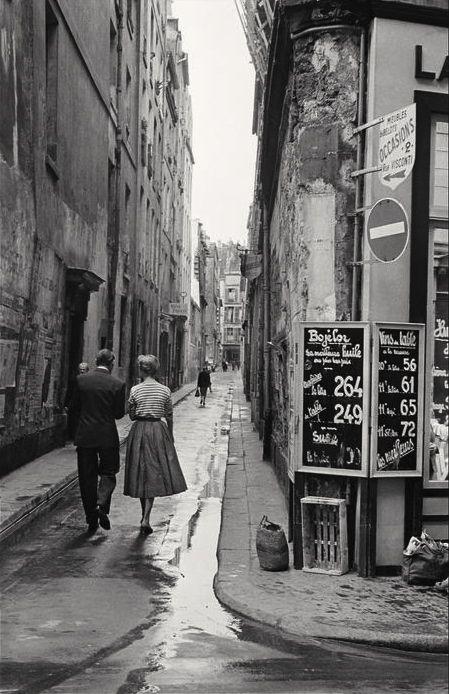 Paris, 1954 by Inge Morath. S)