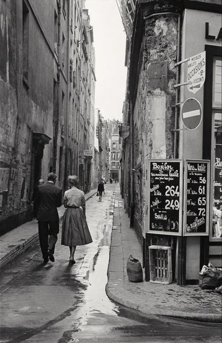 +~+~ Vintage Photograph ~+~+  Paris, 1954