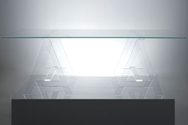 Acrylic clear desk would be cool for my craft/sewing room office!
