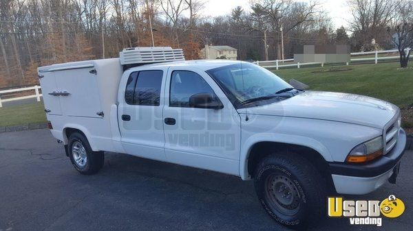 New Listing: https://www.usedvending.com/i/Catering-Hot-Delivery-Truck-for-Sale-in-Connecticut-/CT-T-986W Catering / Hot Delivery Truck for Sale in Connecticut!!!