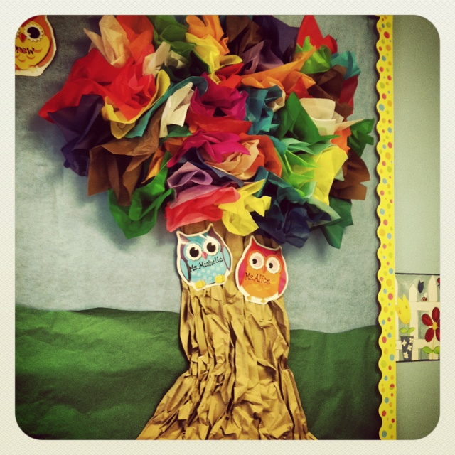 Our tissue paper tree in our classroom. So easy and cute!  Just bunch up squares of tissue and staple to the bulletin board. So cute!