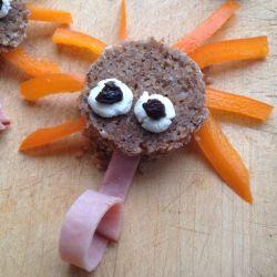 Mini sandwichs en forme de monstre pour Halloween                              …
