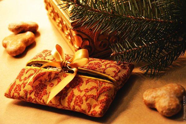 Pani Fason: Święta już niedługo, powoli zaczynamy rozglądać się za prezentami dla najbliższych. Czasami pomimo całej sympatii do kogoś i wielkich chęci, trudno nam znaleźć jakiś oryginalny prezent....
