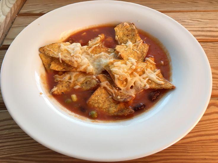 Mexikanische Suppe mit Nacho-Cheese-Topping by Auryn76 on www.rezeptwelt.de