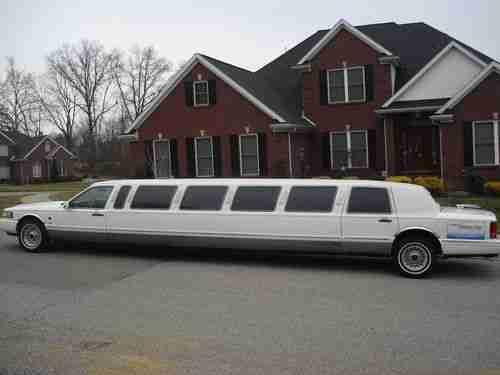 1997 Lincoln Town Car Executive Лимузин 5-дверный NO RESERVE !!!!!, изображение 5