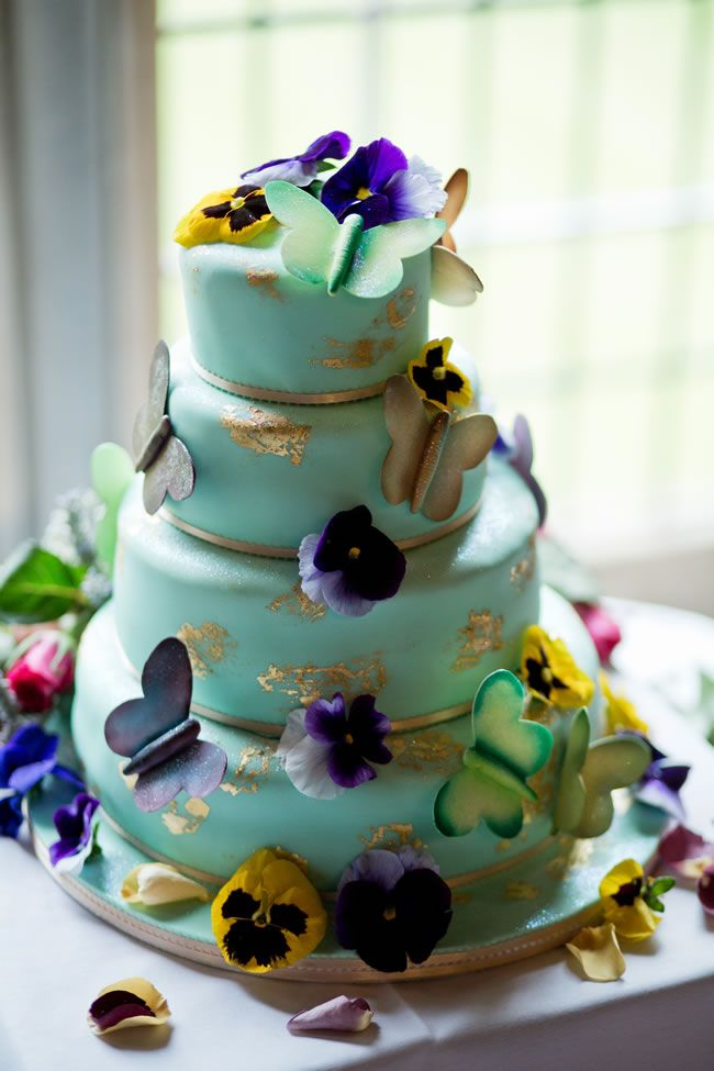 trendy wedding cakes the tastiest new wedding food trends for 2014 colored 21269