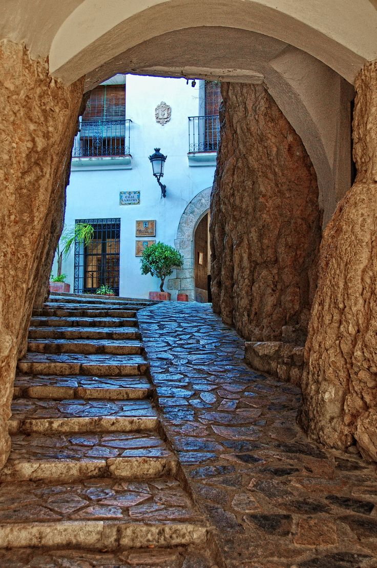 Acceso al Castell de Guadalest by Rolde  on 500px