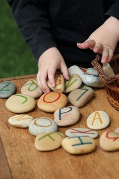 Using natural materials for literacy and language - Inspired EC ≈≈