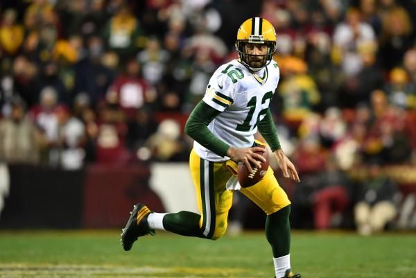 The Sports Xchange NFL injury report for Week 15 games including Jets-Dolphins, Bengals-Steelers, Vikings-Colts, Packers-Bears,…