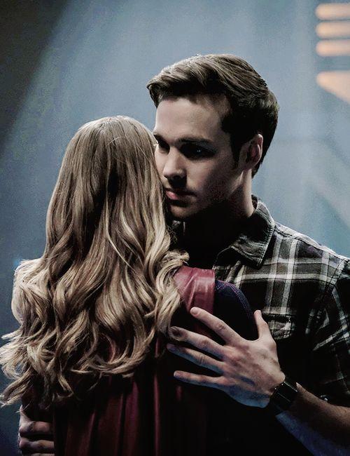 """""""Stills of Chris Wood and Melissa Benoist as Mon-El and Kara Danvers in Supergirl 2x16. """""""