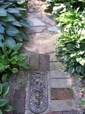 Garden junk path - Garden Junk Forum - GardenWeb