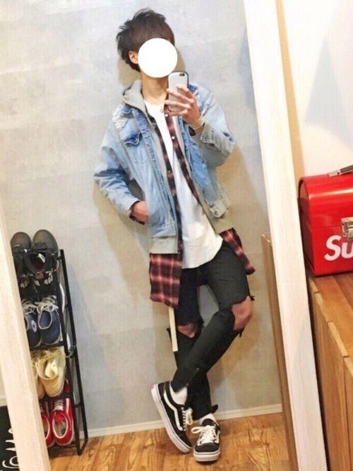 オーバーサイズのGジャンに チェックシャツな春コーデ🌸  Instagram⇨@gaku_569  ーーーーーーーーーーーーーーーー  GOSTAR DE FUGAさんから Gジャン頂きました(^^)  旬なシルエットで 春コーデに活躍できそうです✨✨  他の商品もトレンドも抑えていて、格好いいのでオススメです✔️  全国に店舗もあるし WEAR上にオフィシャルページあるので是非❗️ ⬇️ http://wear.jp/shop/57901/  ーーーーーーーーーーーーーーーー  MARTEE様からネックレスを頂きました🎁 ・ 先着15名様のみ15%offでご利用頂けます(^^) 15%offクーポンコード → gaku ・ @__martee__で購入できます! 詳細は僕のインスタへ  ーーーーーーーーーーーーーーーー  何かあればコメントorDM下さい👍  インスタのストーリーに色々UPしています!  ツイッターもフォロー・リツイート・いいね 沢山して頂きありがとうございます🙇🏻