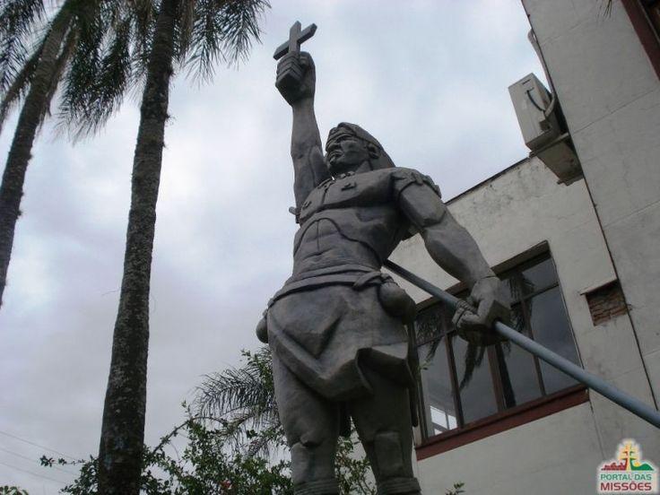 Prefeitura de São Luiz Gonzaga/RS, monumento a Sepé Tiaraju