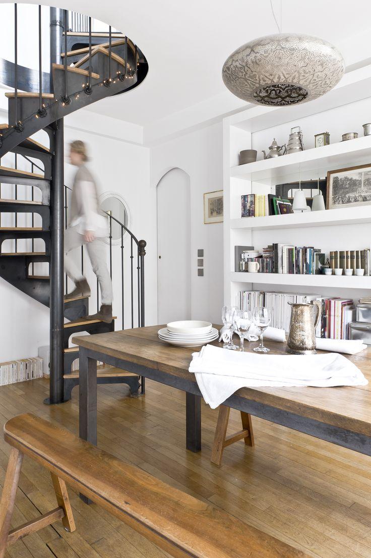 100 best images about un escalier h lico dal en for Appartement deco bistrot