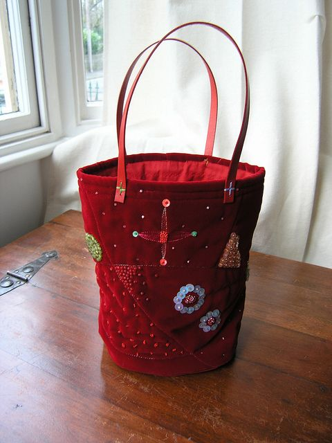 Red velvet bag | Flickr: Intercambio de fotos