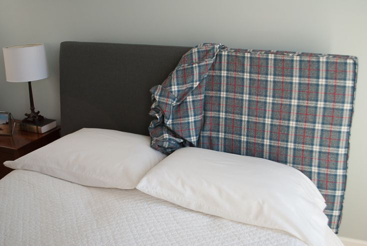 How to Make a Headboard Slipcover with No-Sew Piping (or welting). What a super easy way to change up your bedroom!
