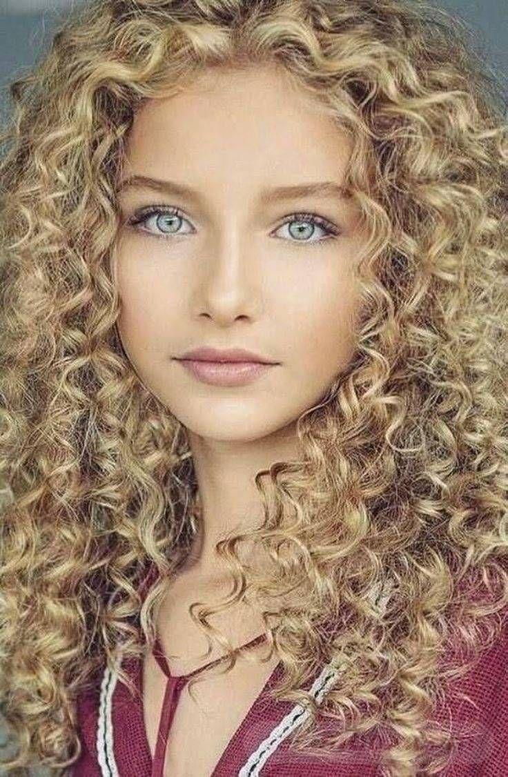 теплые влажные красивые девушки блондинка с волнистыми волосами вскрикнула боли