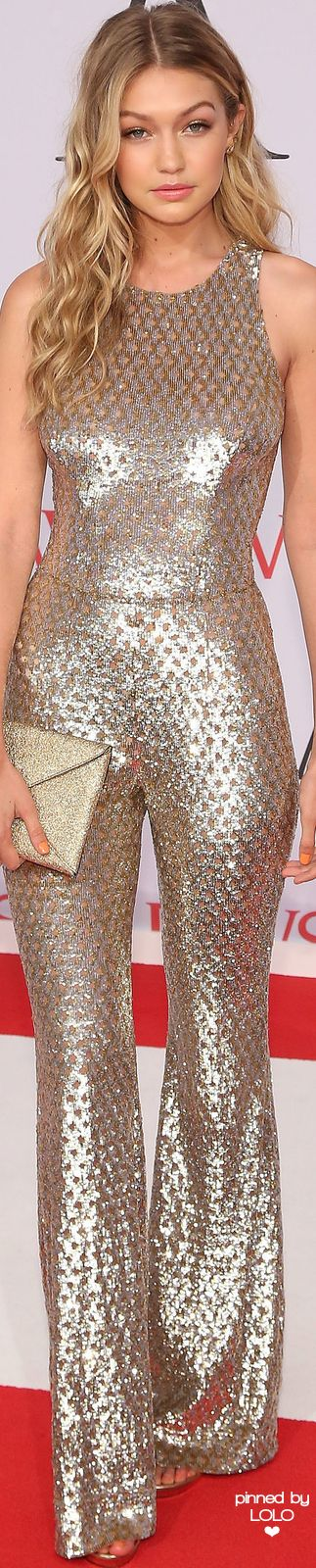 Gigi Hadid 2015 CFDA FASHION AWARDS | LOLO❤