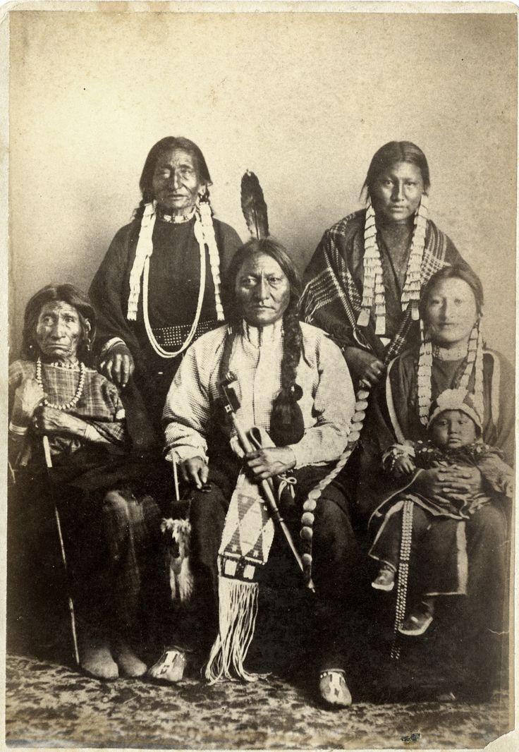 Sitting Bull - Wikipedia, the free encyclopedia
