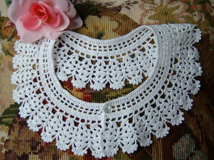 Raffinato colletto in pizzo bianco eseguito all'uncinetto : Echarpe, foulard, cravate par i-pizzi-di-anto