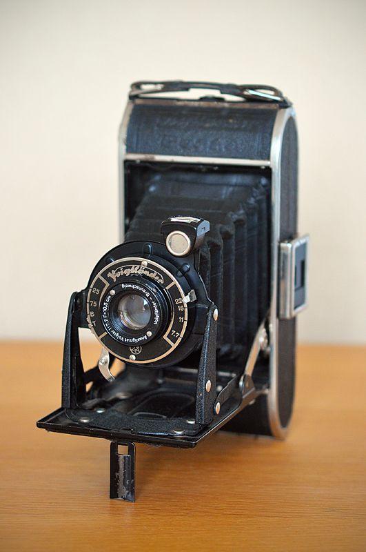 Photography by www.colinmurdochstudio.com #camera #voigtlander #bessa #vintage