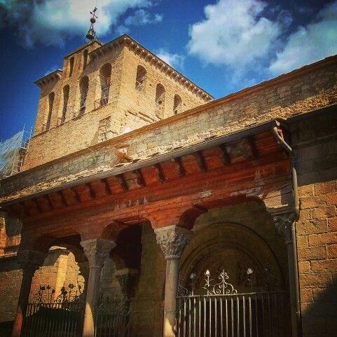 Catedral de Jaca. Típica foto pero increible estampa.