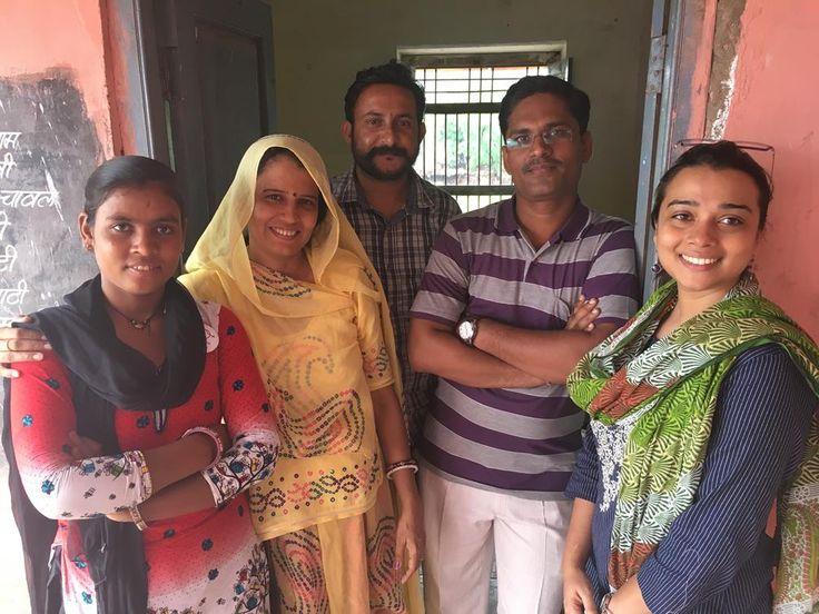 Shanti Prajapati, three staff members from Educate Girls, Pooja Mishra