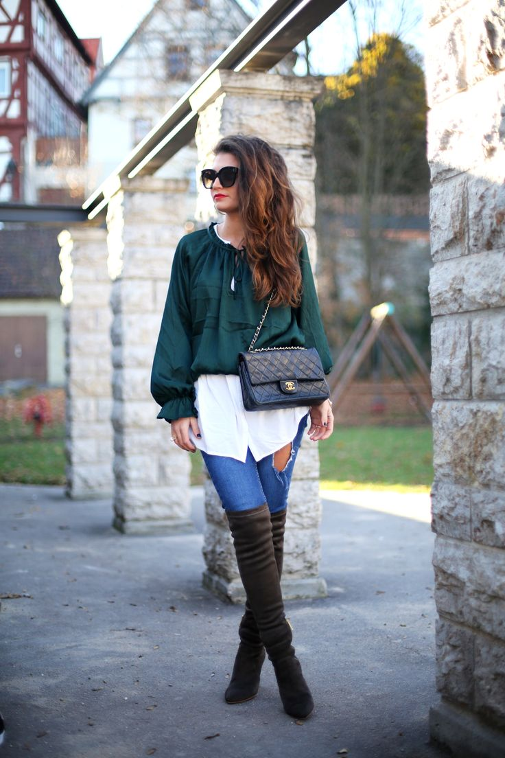 jacket:Shein// white blouse:Edited// green blouse:H&M(similar here) // jeans: Oasis (similar here/here) // overknees:Joie(similar here/here) // bag:Chanel(similar here/here) // sunglasses:Céline(also like this version) //earrings:Michael Kors// watch:Michael Kors(also like this version) // bracelets:Tory Burch/F21 jacket: Shein // white blouse:Edited// green blouse: H&M(similar here) // jeans: Oasis (similar here/here) // overknees:Joie(similar here/here) // bag…