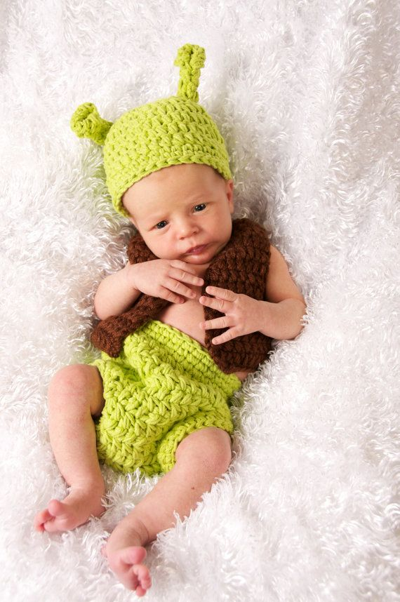 Did you see Emily's round-up of the cutest baby halloween costumes? Well if you're due in the next month or so, you might be looking for the perfect newborn halloween costume.