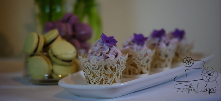 Pretty cupcakes in purple shades. Soffi's Kageri
