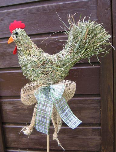 Huhn aus Heu