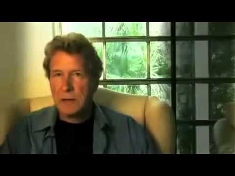 John Perkins Confesiones de un sicario economico (doblado al español).
