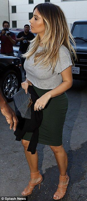 Kim Kardashian, Tight Pencil Skirt And Beverly Hills On