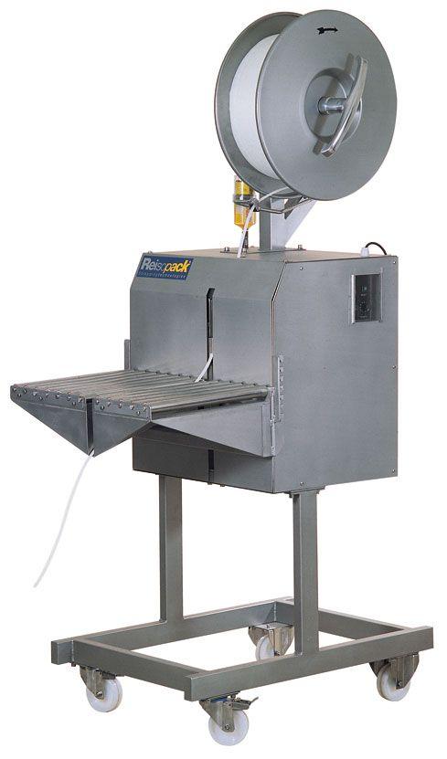 2400. Flejadora Semi-automática lateral inoxidable. Máquina semi-automática de altas prestaciones, soldadura lateral, sistema electrónico de ajuste para la tensión, soldadura y lanzamiento del fleje. La solución económica en ambiente marino.