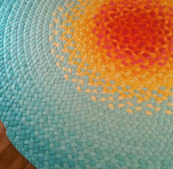 Reciclado de mano trenzada redonda por greenatheartrugs en Etsy