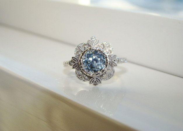 Reserved for D Antique Blue Green Sapphire Diamond par PenelliBelle