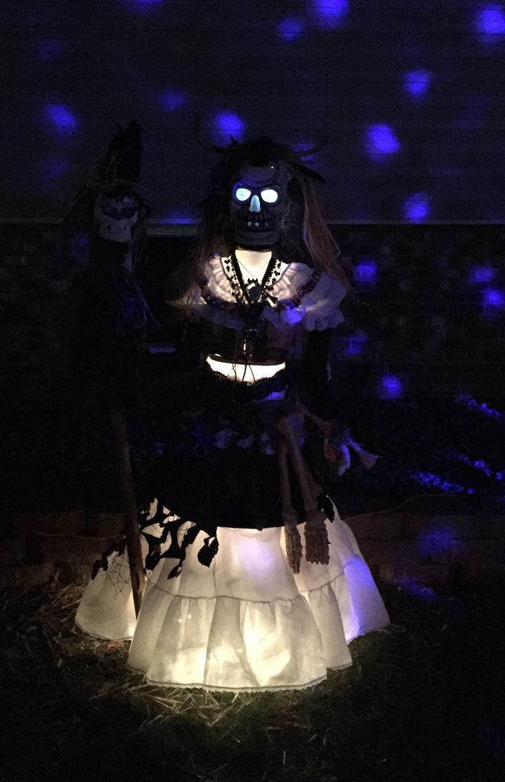 My Voodoo Witch Halloween yard prop that I made 2017, night time photo shot.