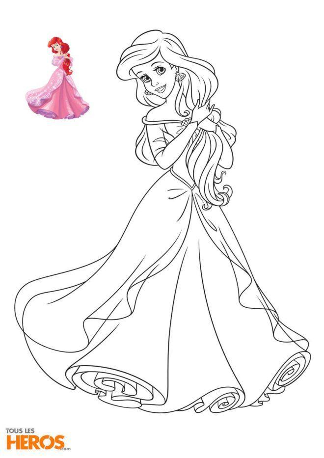 Coloriage Disney Princesses : Ariel la petite sirène dans sa merveilleuse robe rose